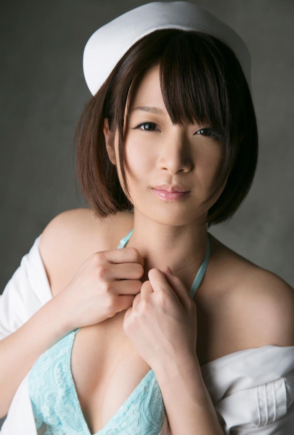 AV女優 神谷まゆ エロ画像 100枚~ 制服コレクション ~ 表紙